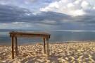 beach_table
